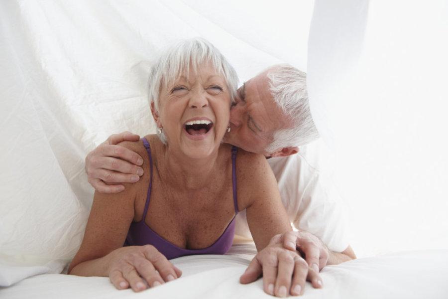 До скольки лет может заниматься сексом мужчина и женщина