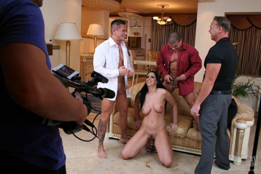 За кадром порно