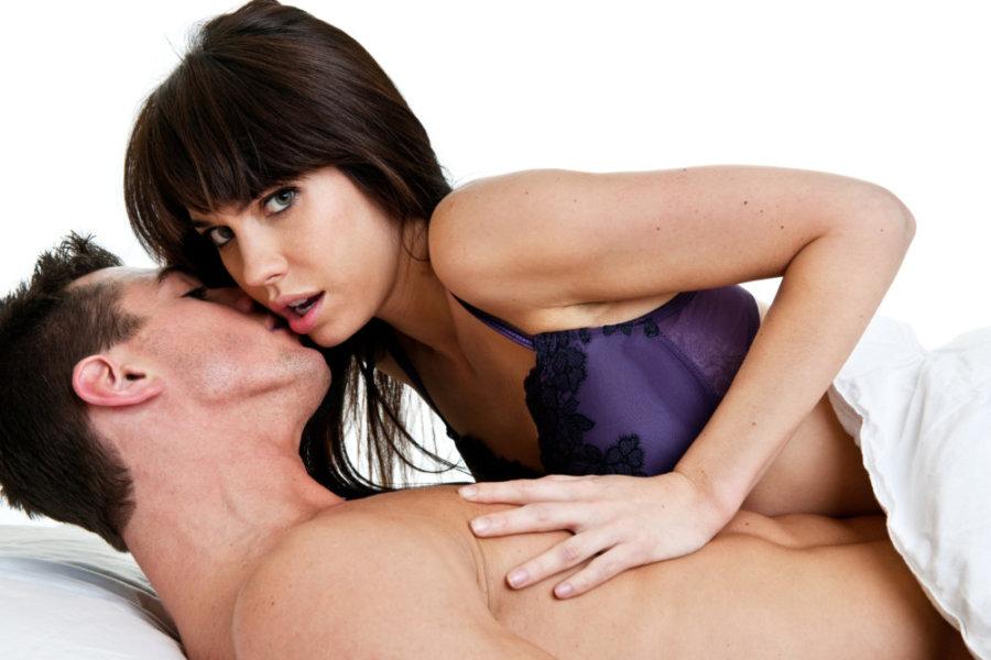 Как уговорить жену на секс втроем