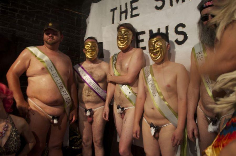 Участники конкурса на самый маленький пенис