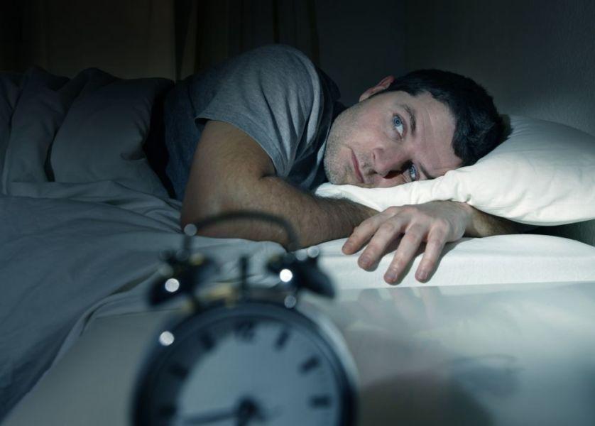 Мужчине не спится
